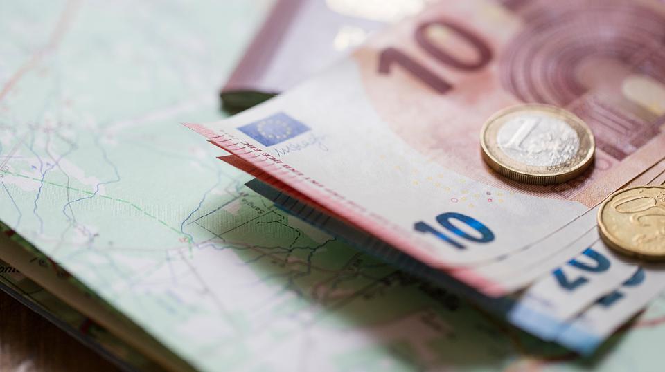 """Erholungsbeihilfe, Urlaubsbeihilfe, Urlaubsgeld: """"Steuerfreies"""" Urlaubsgeld als Benefit für Mitarbeiter"""