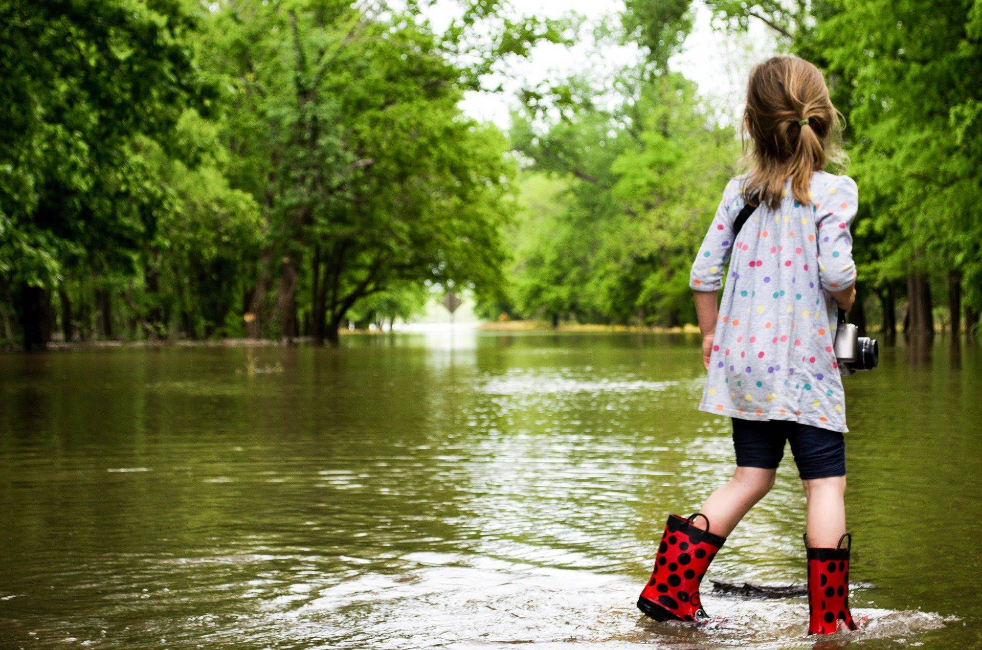 Hochwasser, Katastrophe, Kinderträume, Spenden: ETL-Stiftung Kinderträume: Hochwasserkatastrophe in Deutschland – Wir helfen den Kleinsten